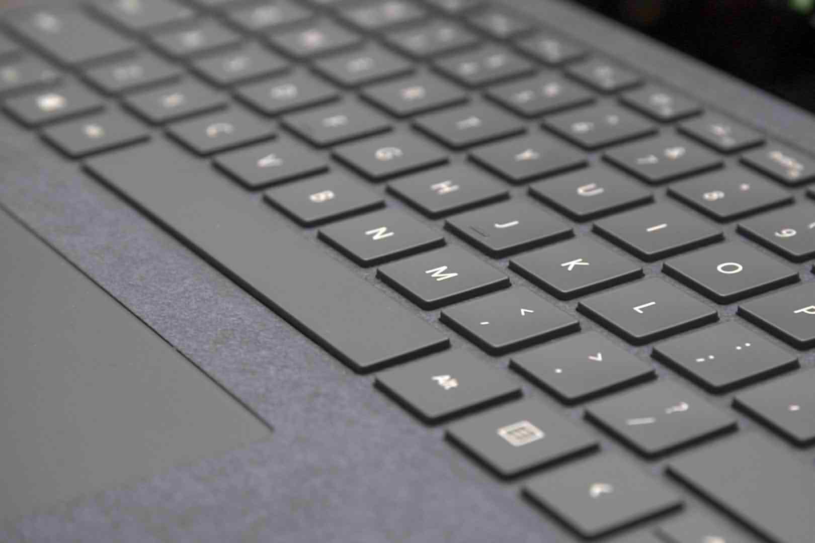 کیبورد مایکروسافت سرفیس پرو 4 مدل type cover