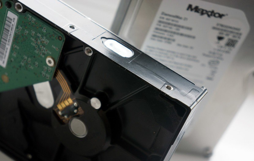 تفاوت هارد SSD با HDD در چیست